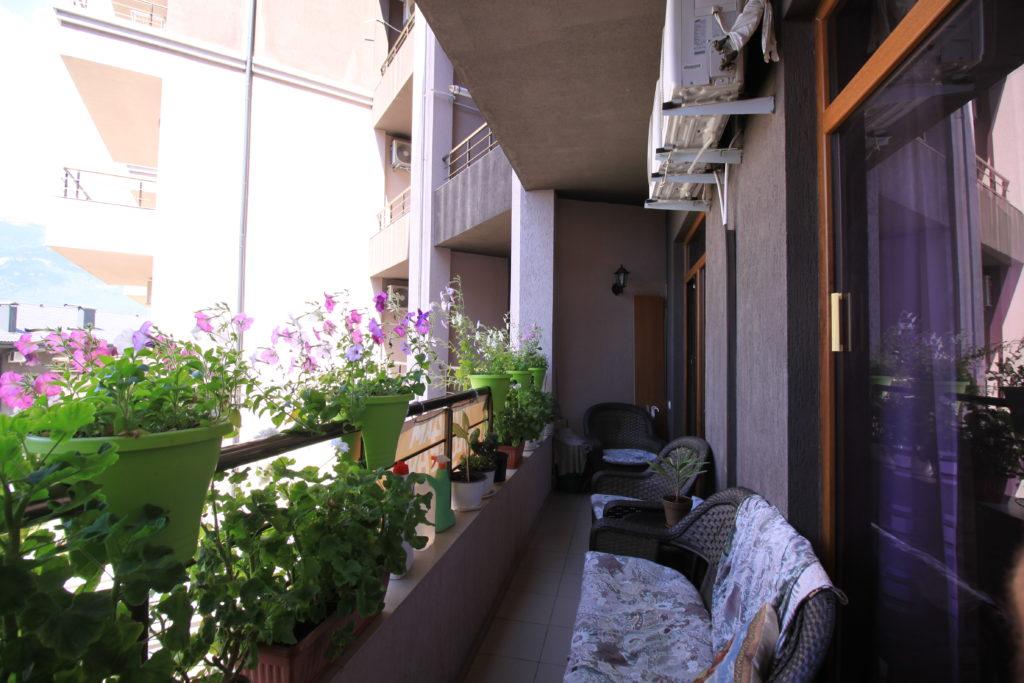 Квартира с ремонтом в ЖК Долине Гор 4