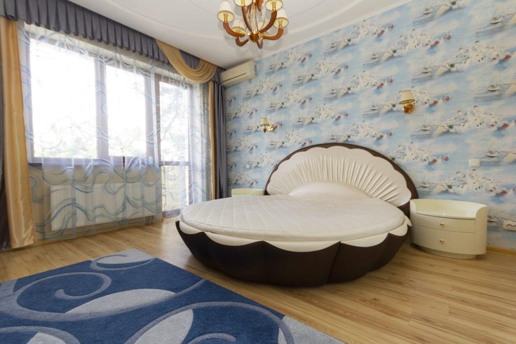 3-х комнатная квартира на Володарского 15