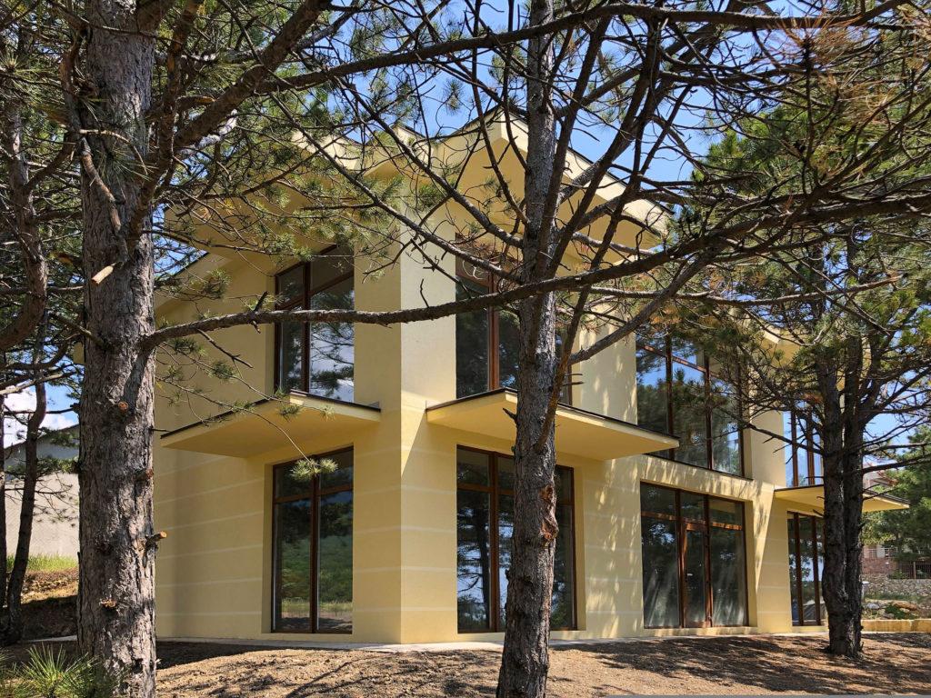 Продается двухэтажный дом в  с видом на море 1