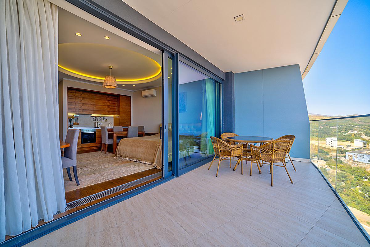 Апартаменты с прямым видом на море и с ремонтом 4