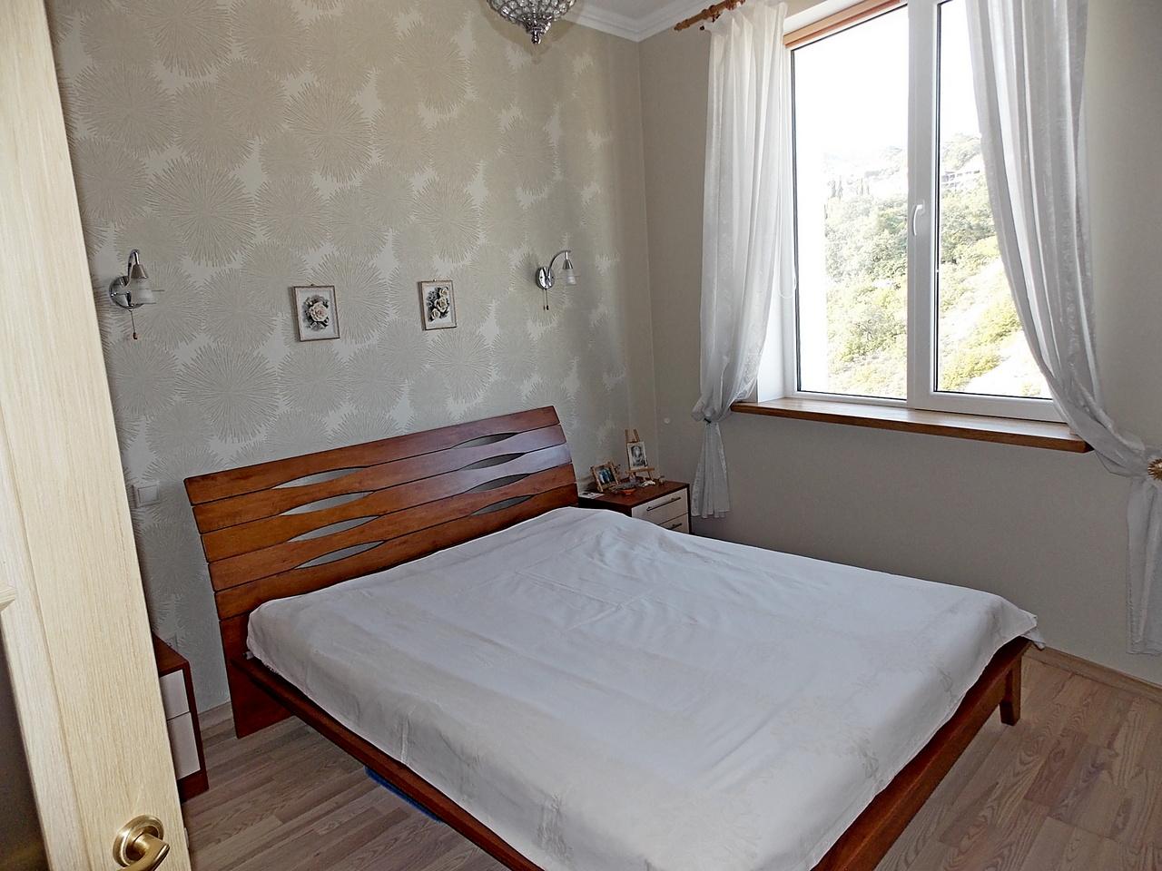Квартира с ремонтом в пгт.Гурзуф ЖК Белый Дом 12