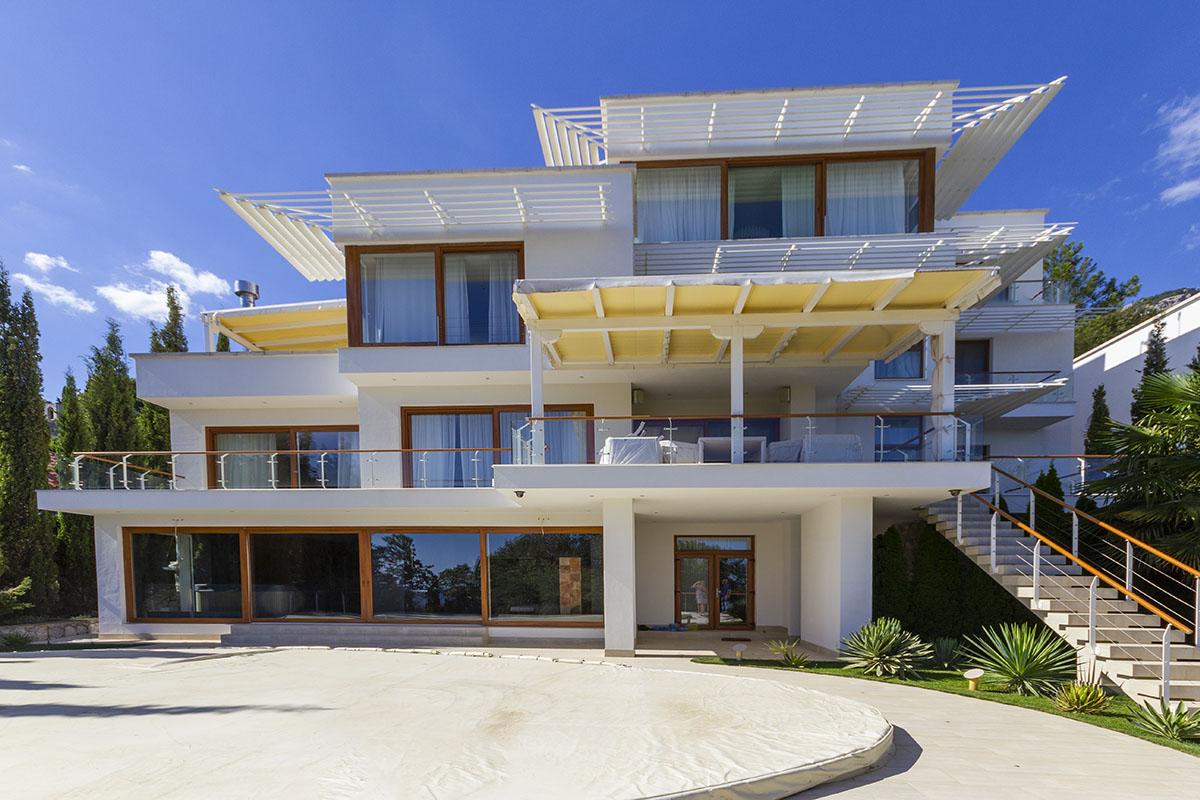 Продается дом в Кастрополе 1