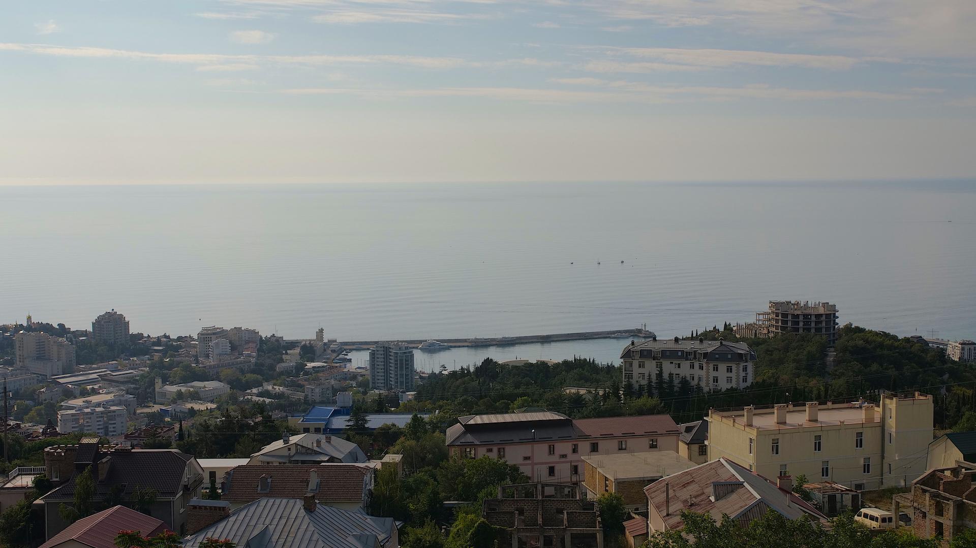 Вилла в Ялте с панорамным видом на море 9