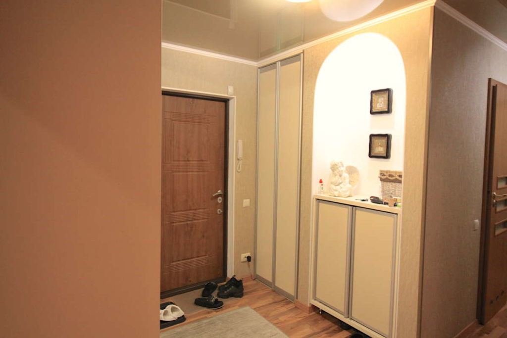 Трех комнатная квартира с ремонтом в жилом районе 11