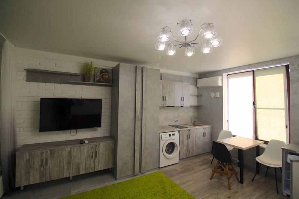 Дизайнерский дом в Ялте с коммерцией 20