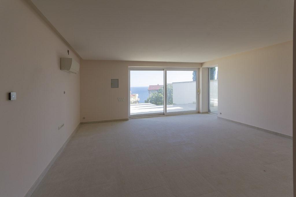 Продается дом в Кастрополе 500 кв.м. 3
