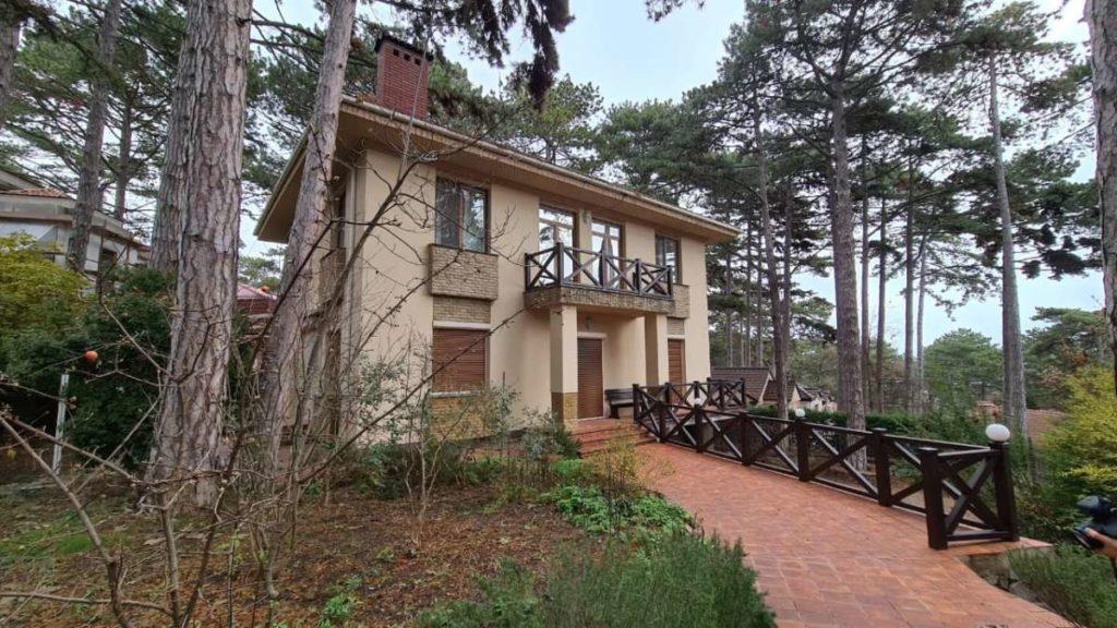 Дом с дизайнерским ремонтом в пгт.Горный 2