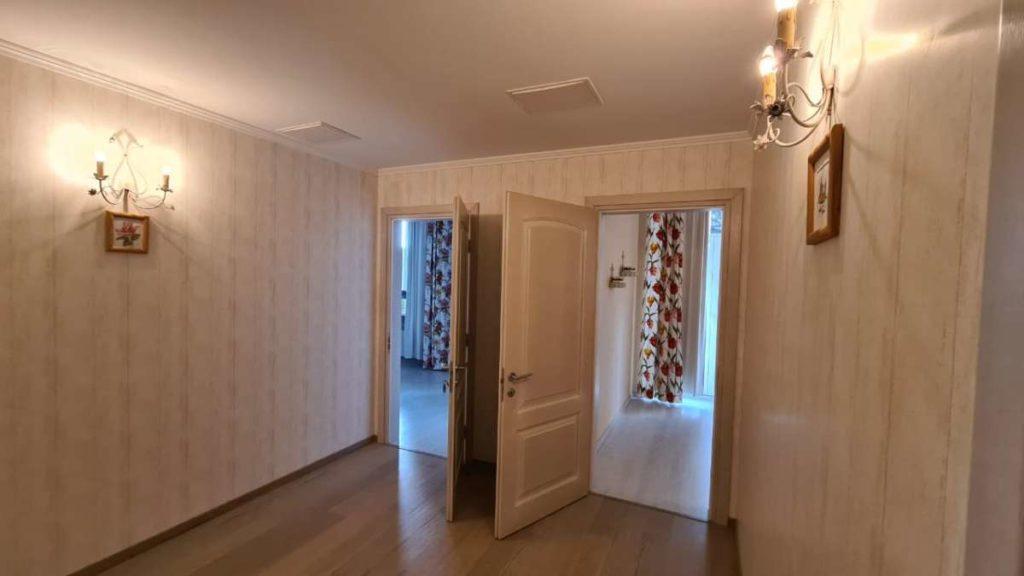 Дом с дизайнерским ремонтом в пгт.Горный 34