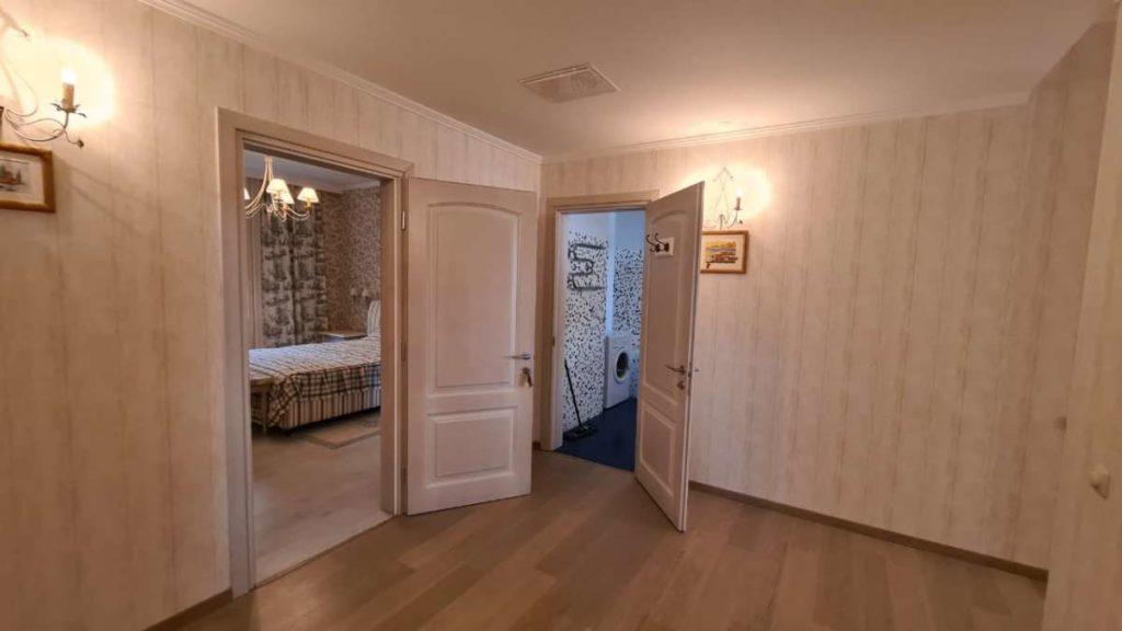 Дом с дизайнерским ремонтом в пгт.Горный 35