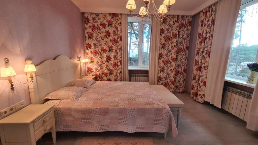 Дом с дизайнерским ремонтом в пгт.Горный 36