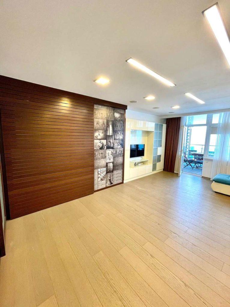 Апартаменты с видом и ремонтом в ЖК Лазурный Элит 3