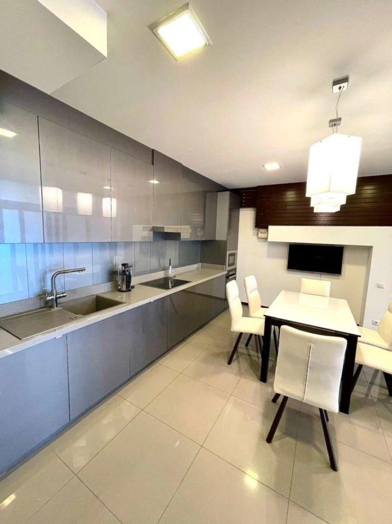 Апартаменты с видом и ремонтом в ЖК Лазурный Элит 5